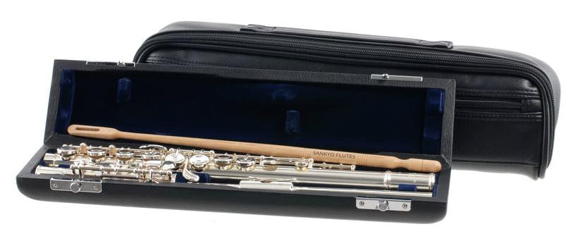 Flûte traversière Sankyo CF 201