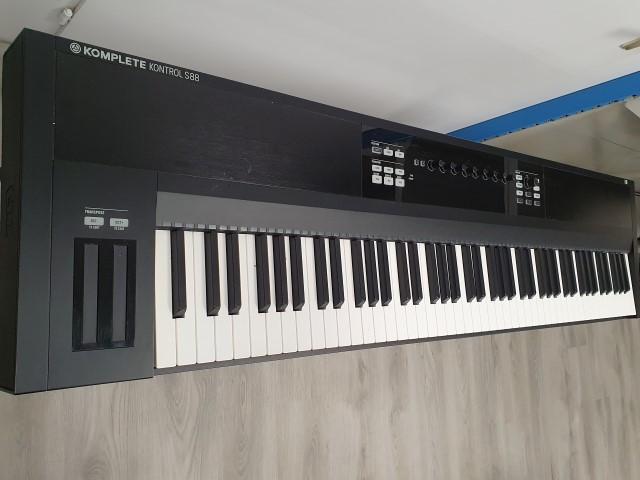 Native Instruments Komplete Kontrol S88 , Clavier Maître